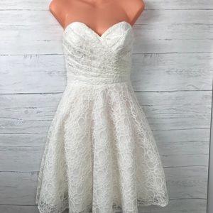 MORI LEE WHITE LACE DRESS
